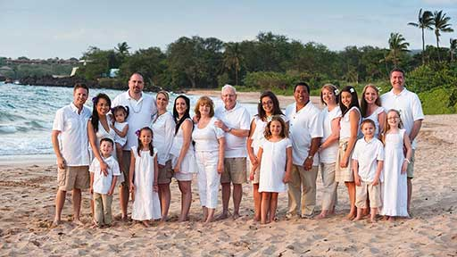 Event websites for planning a family reunion